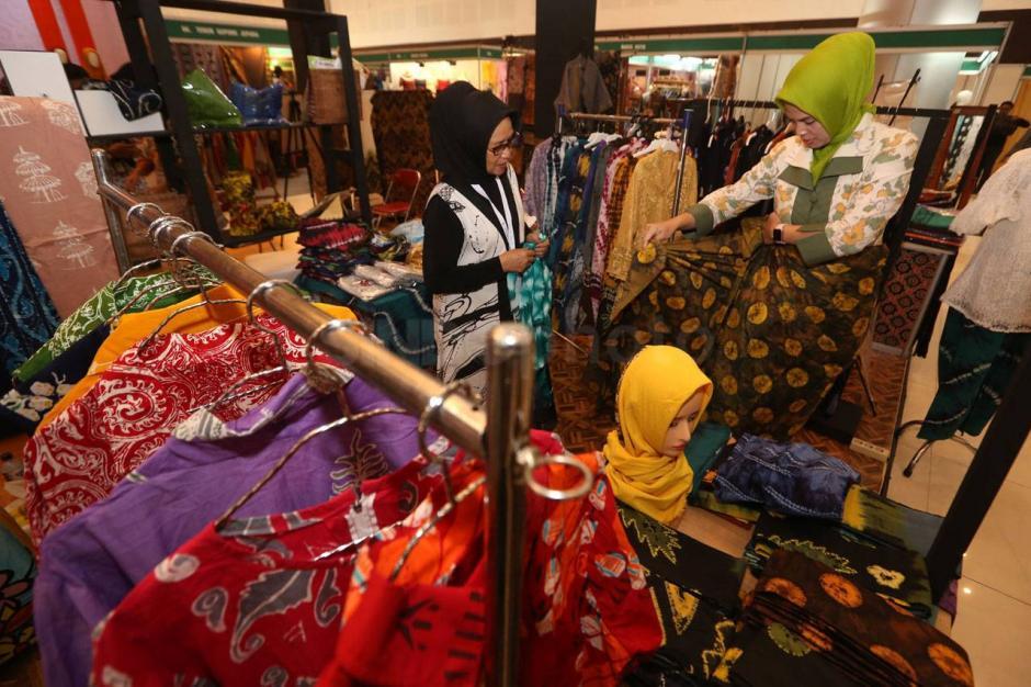 118959-pertamina-pamerkan-produk-ukm-binaan-di-ajang-batik-bordir-dan-aksesoris-fair-UPW_highres